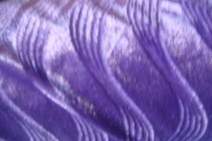 "Panne de velours ""double vague"" violet"